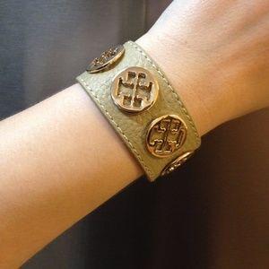 Jewelry - Classic Faux-Leather Designer Bracelet